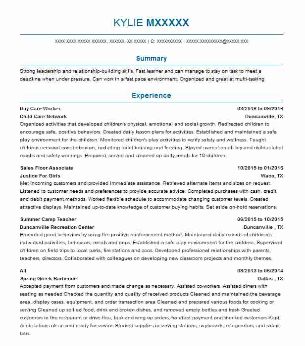Example Of Caregiver Resume: Day Care Worker Resume Sample